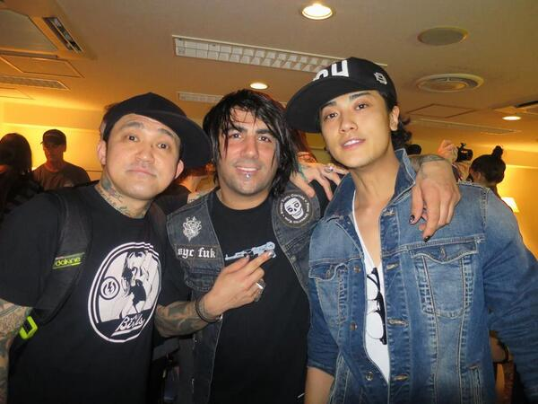 good see in you dude... @Jin_Akanishi and @Taka_Masuda_Ent Lets Party again tonight http://t.co/HKeQ807kRl