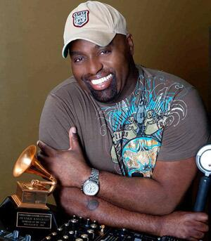 Just posted on #dsoh: R.I.P. Frankie Knuckles, The Godfather Of House http://t.co/HiILmHqSJm http://t.co/0JoYmrWBW2