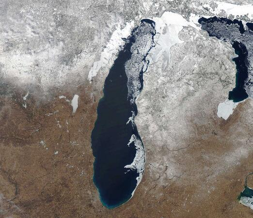 Great news for the Mitten State MT @MLive See Great Lakes melting from space as spring arrives http://t.co/POh03neIso http://t.co/i4QNuwD8x0