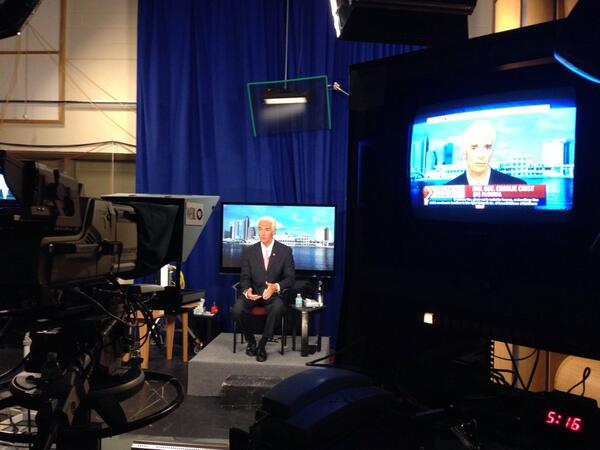 Behind the scenes as @CharlieCrist calls out Rick Scott's health care hypocrisy on @msnbc's @edshow. #edshow http://t.co/pKMEWm4kgb