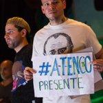 RT @alexmelon: @Calle13Oficial en la @UNAM_FCPyS presenta su álbum Multiviral y dan su apoyo al pueblo de Atenco @AmericadValle http://t.co…