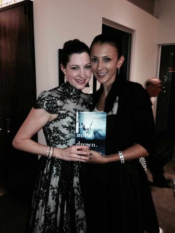 Congratulations @AnnaShinoda! I loved every moment of reading your novel! I am so proud of you! http://t.co/LZXlIW6c4w
