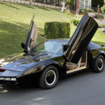 Now's your chance to buy a fan-made KITT car from David Hasselhoff himself! http://t.co/NnJwJnbUQF http://t.co/AAXGtfNG9i