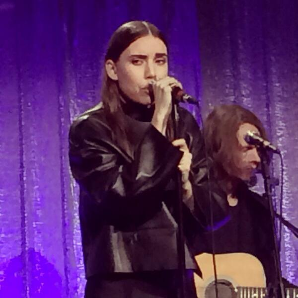 RT @dianesolway1: #LykkeLi performing @newmuseum Spring gala #art @wmag #nyc http://t.co/WlLNVU7pFU