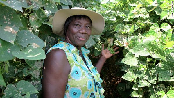 """If I do not farm, I'll get sick."" - Haylene Green on urban farming, community & health. http://t.co/U76XxJPsCy http://t.co/CtkxXAvtm4"