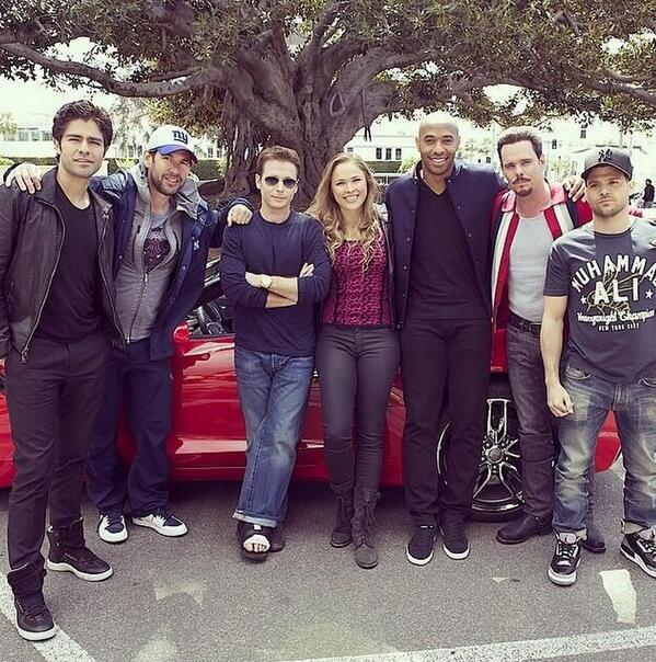 BkOOUyQIYAAbgbO Arsenal legend & NYRB star Thierry Henry pops up on the set of the new Entourage movie [Pictures]