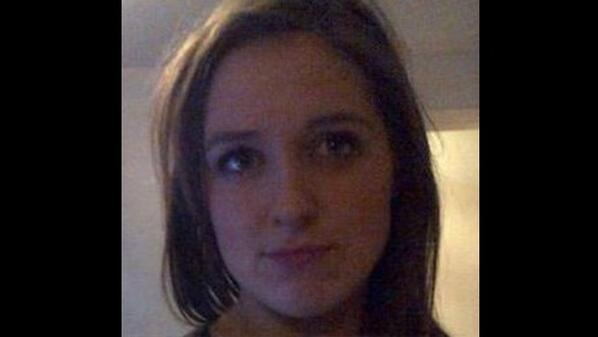 Have you seen this girl? 16yr old Hannah Bradley was last seen 5 days ago in Belfast. Plz RT http://t.co/jdwoipGC0A http://t.co/VzI22qAwGo