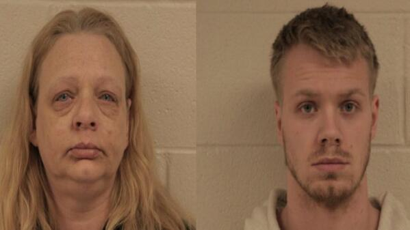 Belvidere police arrest a mother-son duo for illegally delivering Xanax near a school: http://t.co/H1ZQCeDexg http://t.co/x2tiyrFZbb