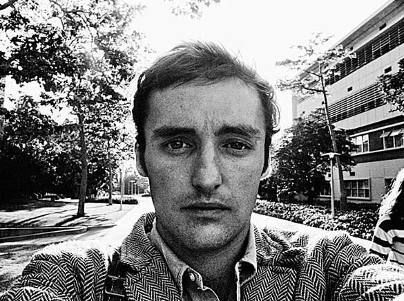 Selfie is not something new @akreye: The history of selfies: Dennis Hopper, California, 1961 http://t.co/qEvCGrpxxm