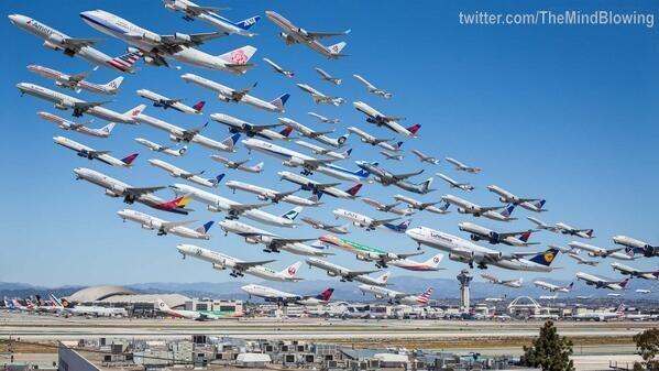 This is what LAX photographed over an 8 hour period from the same spot looks like. http://t.co/DCerDrV0IZ