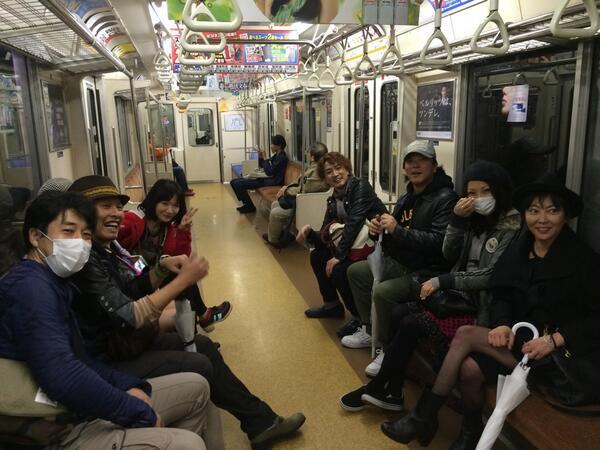 みんなで電車に乗ってます! http://t.co/5jZZievhZE