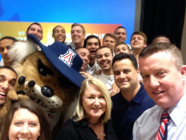 . @TheEllenShow doesn't have anything on @APlayersProgram. We just did a selfie with @AZRegents & @UAPrezAWH http://t.co/Gb8XixZ7et