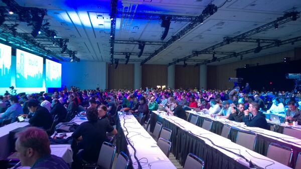 Is Msft cross plat important? @migueldeicaza packing the keynote room 10 min before start #VS2013 #Xamarin #bldwin http://t.co/txFz4O8eIs