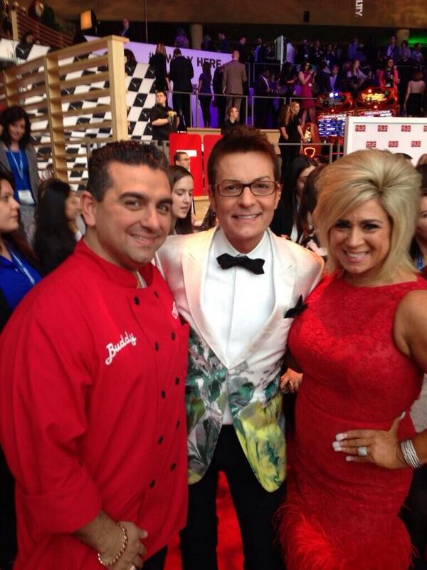 The Holy Trinity of @TLC @DiscoveryComm @CakeBossBuddy @Theresacaputo What a great night!! http://t.co/wOvrtdevry