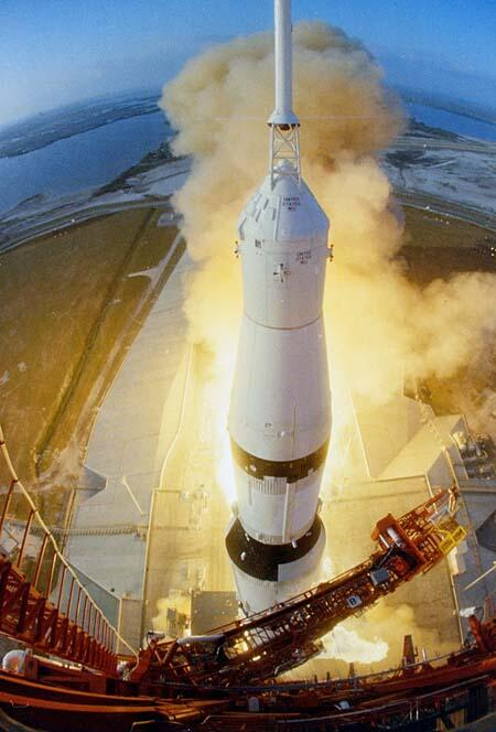 Apollo 6 launches #now in 1968 on the final non-crewed qualification flight of a Saturn V & Apollo spacecraft.   http://t.co/OwobTUdzHU