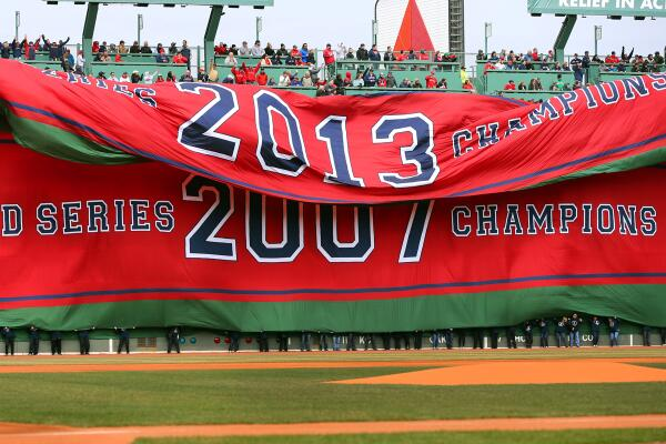 PHOTO: The #RedSox unfurled the 2013 World Series banner during the pregame ceremony  http://t.co/2G8uVhxZxP http://t.co/qOagIbwhr7