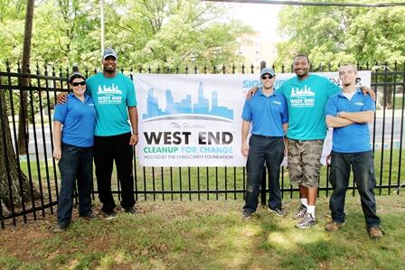 Our Charlotte franchise celebrating a previous Historic West End cleanup with @ChrisCanty99 and @TweetCCF @CCFCmty http://t.co/i2nBpKUZ2t