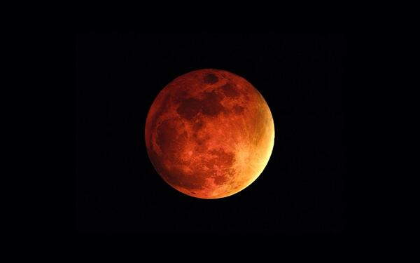 Blood Moon http://t.co/arwKL5n6hy
