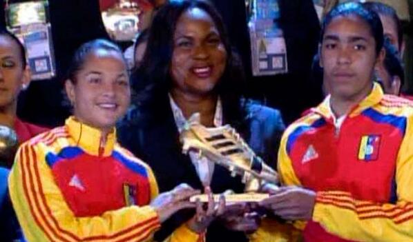 #MundialFemeninoSub17 Deyna Castellanos y Gabriela García fueron las reinas del gol http://t.co/ndsmXR1Cu7 http://t.co/zMZhEgLxKL