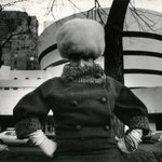 Editta Sherman in Front of the Guggenheim by Bill Cunningham, 1960s | #NYC #NY http://t.co/QTITjpBeHv