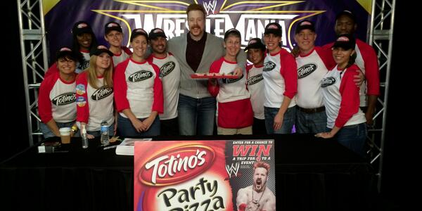 The @totinos team had fun with @WWESheamus tonight at #axxess, ready for @WWE #WrestleMania! http://t.co/UW6iMtz4xJ