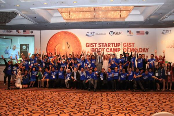It's been a 3 days of great experience in @GISTinitiative  Indonesia,thank you all participants for the great energy http://t.co/z2c03giMNt