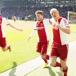 Sigthórsson zette #Ajax vlak na rust op 1-1. #vitaja