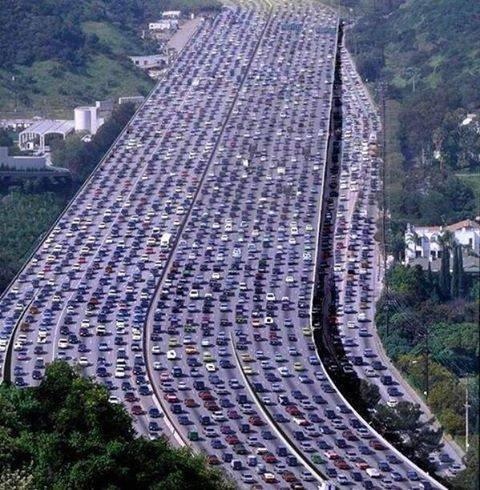 The world's longest traffic jam took place in Beijing, China. It was over 60 miles long and lasted 11 days http://t.co/kP8nieOICs