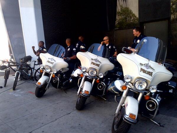 @LAPDHQ you guys at @CicLAvia http://t.co/Ug7vmsiyQ6