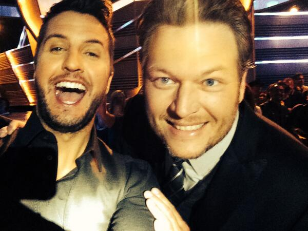 And THIS is a #Bluke Selfie! #BOOM #ACMs http://t.co/hucOa747RN