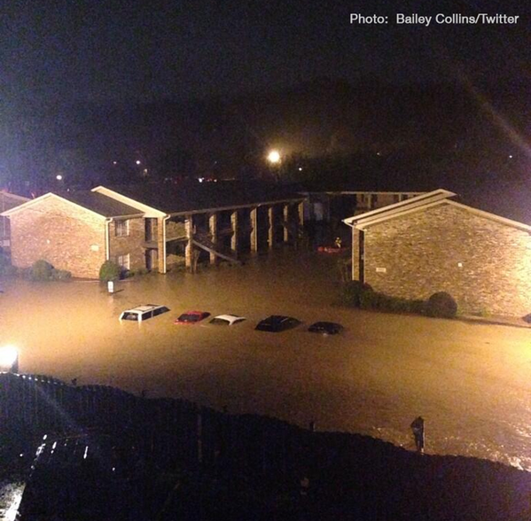 Another #alwx pic of flooding at Homewood apartment complex:  http://t.co/MYoxBdIHFq http://t.co/lYNP7RJhBH