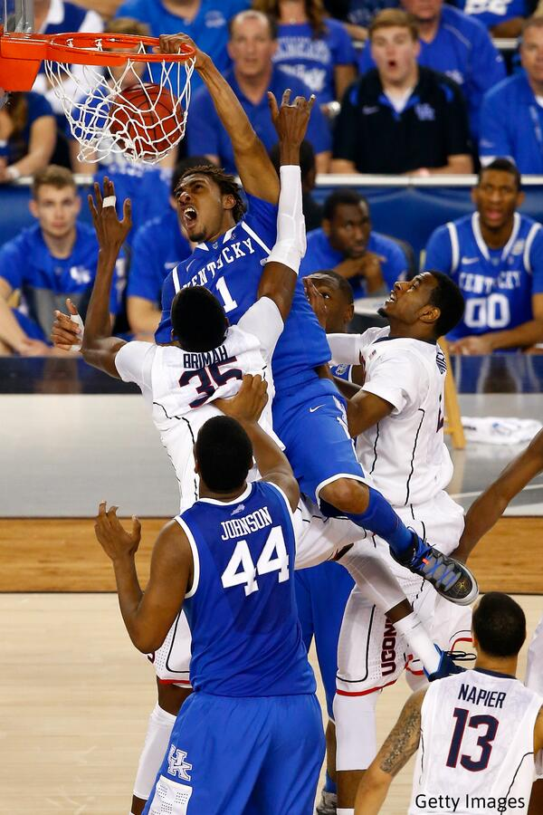 Great shot of James Young's monster dunk http://t.co/eIwPy6HZY8