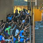 RT @ManojSethiSEO: UNSEEN PIC : #Sachin Tendulkar coming out of the dressing Room to bat for One Last Time in his Farewell Test.