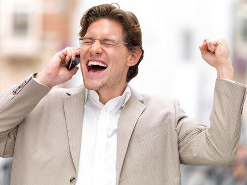 С сегодняшнего дня абоненты могут менять оператора мобильной связи без смены номера.  Планируете смену оператора? http://t.co/iDYBPjTC1E