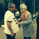 101yr old father of @Ki rronKherBJP ( Col.Thakar Singh) campaigning this morning in Chandigarh.  Amazing. Jai Ho.:) http://t.co/pe3iJeJ35l