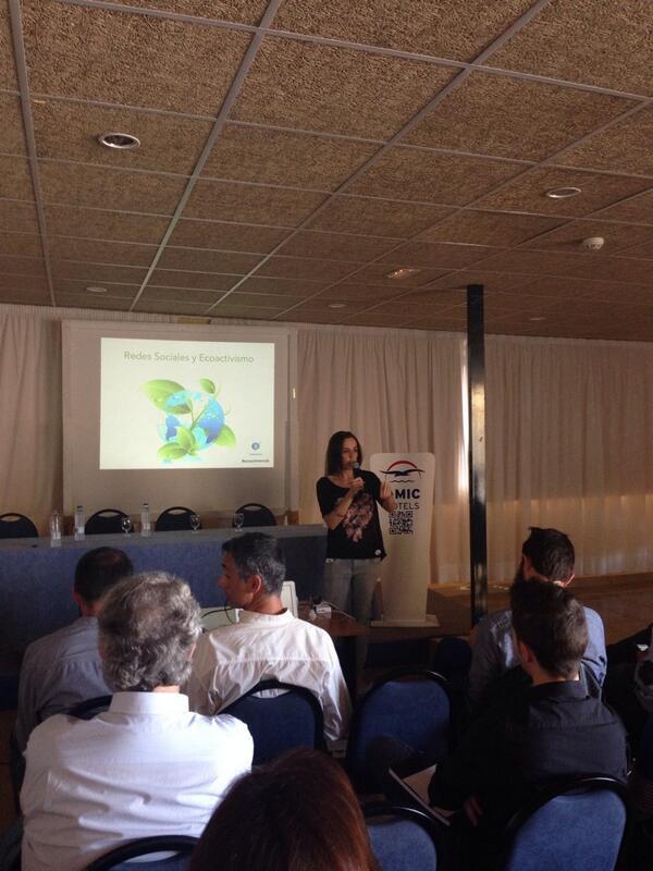 Arranca jornada d 'Redes Sociales y Ecoactivismo' en @Horizonte24 con @ipatri en la primera ponencia #ecoactivismoib http://t.co/d1dJulPVRg
