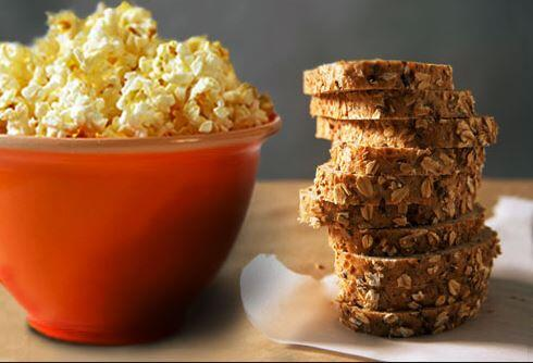 #CORNYfacts: #Popcorn eaters have twice the amount of whole grain in their diet. More reason to shake up your flavor! http://t.co/SUNTw4Nhg3