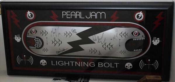 LightningBolt Skateboard! Singed by Ed, Mike, Jeff, Stone, Matt and BOOM! Framed by @legendsframes @pendledon design http://t.co/iibmrxvI77