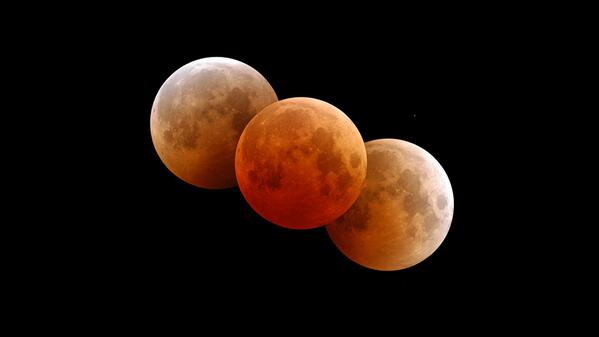 On April 15, our moon will turn blood orange red. This will mark the 1st of 4. More here: http://t.co/jtA4camGq9 http://t.co/oNWnMvmzYU