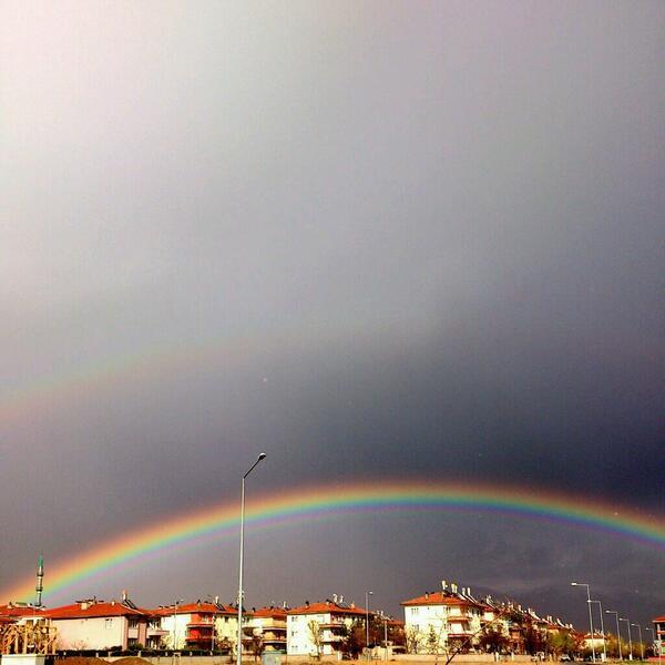 Rabbim nelere kâdir..  #Erzincan #Gökyüzü #Gökkuşağı http://t.co/ENhasFeMCZ