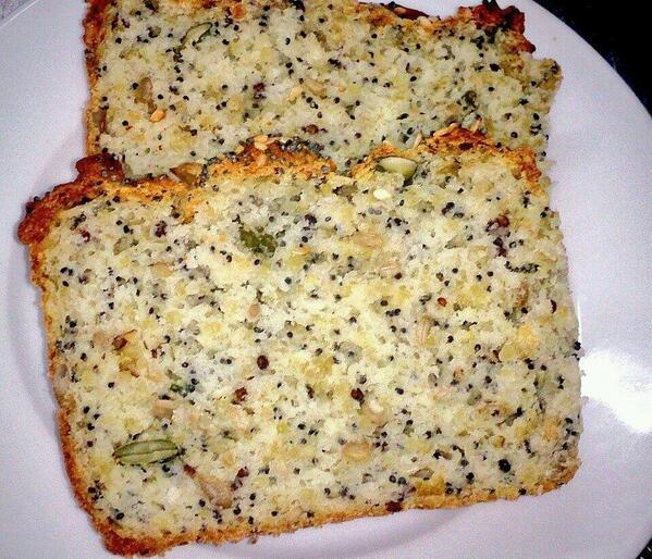Our gluten free bread with #quinoa, pumpkin & poppy seeds! #glutenfree #gfliving @GFIreland @gfliving @GFLifeIreland http://t.co/PDz8P1BvQ2