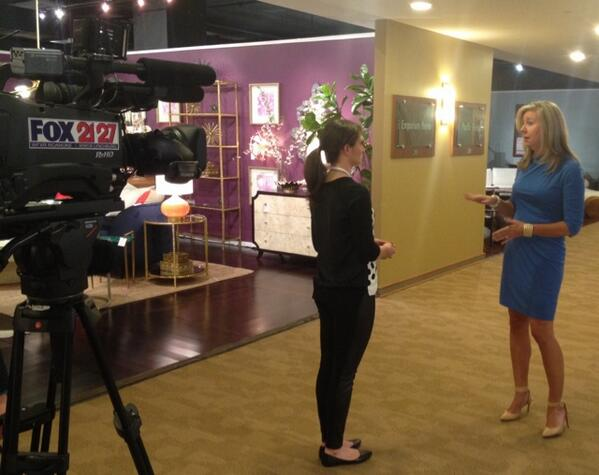 Having fun this afternoon with @FOX2127_TaraW talking about High Point Market + what's HOT here!   @HPMarketNews #tv http://t.co/mQ8nilwES9