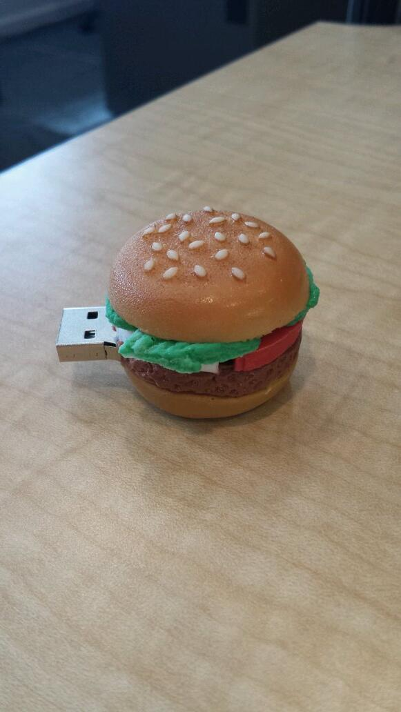 Cutest jump drive ever. @Zinburger @FoxBigKitchen @ScottsdaleQrtr http://t.co/XHdP2remE1