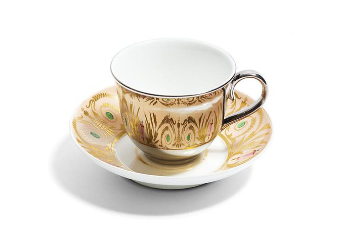 "Co.Design @FastCoDesign: ""I wanted the cup to be quiet, and just reflect the pattern."" @richardbrendon on his teacups: http://t.co/teAJ0XjrTJ http://t.co/TigLw6zOK2"