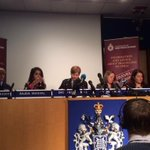 Met Police make appeal to Muslim women to dissuade young Brits from going to Syria. http://t.co/my1e7pGAsx