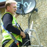 Fair play to David Moyes. Only days after being sacked at Manchester United, hes already secured a job with Sky. http://t.co/SRTMX6HElt