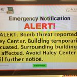Auburn has issued an AU Alert for a bomb threat in the Haley Center. http://t.co/TMUMHnLLcs
