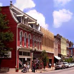 RT @ArtMusicLifeLLc: This is where Lisa will be in 4 DAYS! Downtown Franklin, TN - Main Street Festival. Art, Music, Fun & more. Come See http://t.co/DB5b6GcnSB