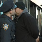 RT @OccupyWallStNYC: Stop And Kiss, Showing Communities We Care! #myNYPD http://t.co/Wq89k8H62J http://t.co/XENjrOPTaH