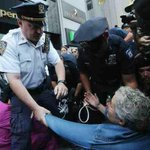 RT @socialAk47: NYPD helping grandma put on her new zip-tie bracelet #MyNYPD http://t.co/gAWewal0lb